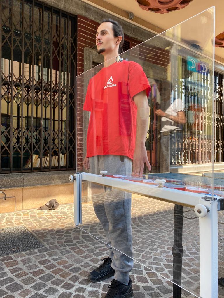 SANI DIV par serco holding spération plexiglass table restaurants écoles
